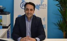 Sáenz de Buruaga presenta al candidato a la Alcaldía de Piélagos, Carlos Caramés