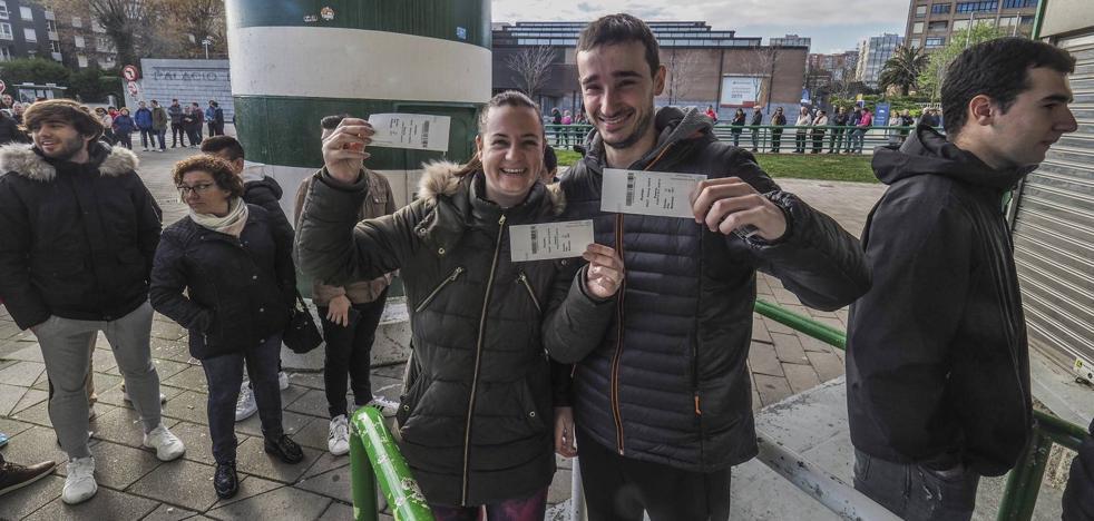 El Racing vende en una hora las 225 entradas que quedaban para el derbi ante la Gimnástica