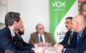 Vox Cantabria promete equiparación salarial y dotación de medios a la Guardia Civil