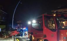 Se estrella contra un muro en la calle Canalejas, vuelca el vehículo y triplica la tasa de alcoholemia