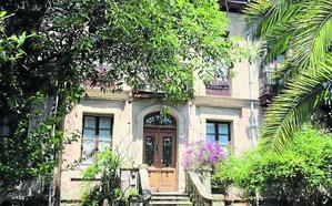 Falgote alerta del «inminente derribo» de la casa de Wenceslao López Albo en Laredo
