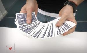 Aprende a predecir una carta del público