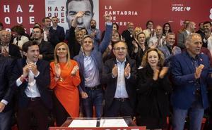 Zuloaga pide el voto socialista para que la derecha no llegue a las instituciones