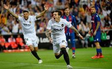 El Valencia aprieta la lucha por la Champions