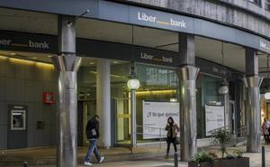 Liberbank y Unicaja encaran la última fase de la negociación para cerrar su integración