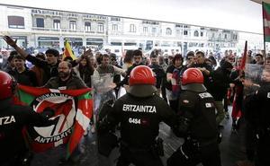 Los boicots a los actos de PP, Cs y Vox abren un nuevo frente electoral