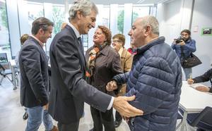 Suárez Illana defiende en Cantabria un estado social que «no puede dejar nunca atrás a nadie»