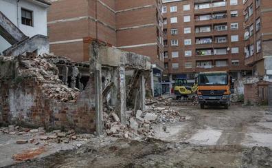 Comienza la obra para eliminar el tapón urbanístico de la calle Amador de los Ríos de Torrelavega