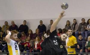 El Balonmano Santoña necesita 20.000 euros para terminar la liga