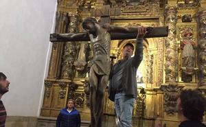 Iruz recupera la Procesión del Santo Entierro tras más de medio siglo en suspenso