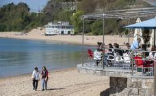 La plataforma 'Salvar la Magdalena' dice que la playa «tiene más arena que nunca»