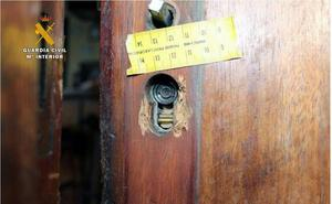 La Guardia Civil desarticula un clan que pudo perpetrar más de 25 delitos contra el patrimonio