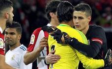 La portería del Madrid sigue en el aire un año después