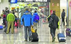 El Gobierno quiere «facilitar el retorno de mil cántabros» que emigraron por la crisis