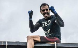 La carrera contra los obstáculos del cántabro Fran Baldeón no tiene fin