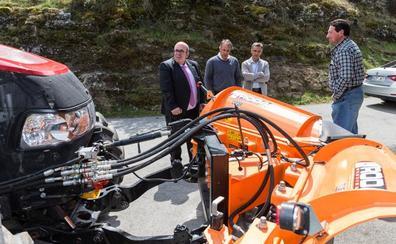 Vega de Liébana mejora el equipamiento de su servicio de vialidad y mantenimiento