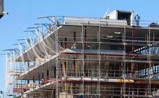 Las viviendas nuevas se duplican en un año y pasan del millar por primera vez desde 2011