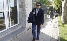 Abierto juicio oral contra Carlos Cortina, exalcalde de El Astillero, al que piden 130.000 euros de fianza