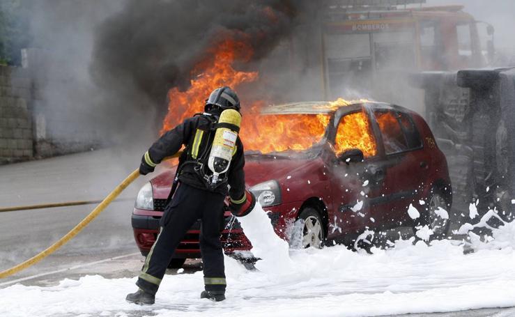 Así de espectacular es el trabajo de los bomberos de Torrelavega