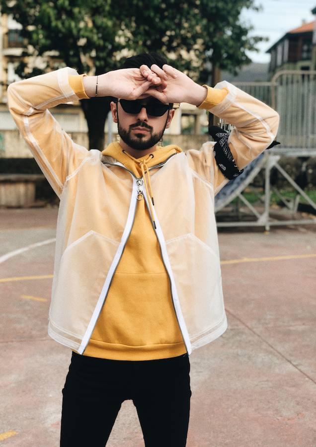 La moda con transparencias irrumpe para el hombre