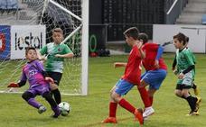 Más de mil niños jugarán el Torneo de Fútbol Ciudad de Torrelavega, el antiguo 'Torneo Alvarito'