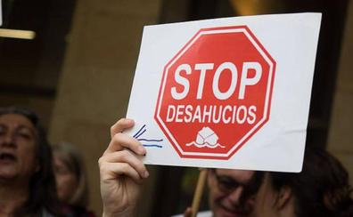 Una viuda de 62 años y su hijo discapacitado serán desahuciados el próximo lunes en La Albericia