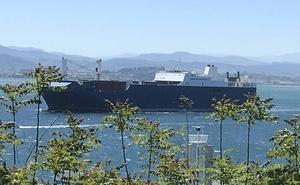 Sale de Santander tras cargar armas el barco saudí al que una ONG impidió hacerlo en Francia