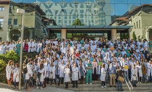 Los médicos continúan hoy los paros mientras Sanidad negocia con UGT y CC OO para evitar otro conflicto laboral