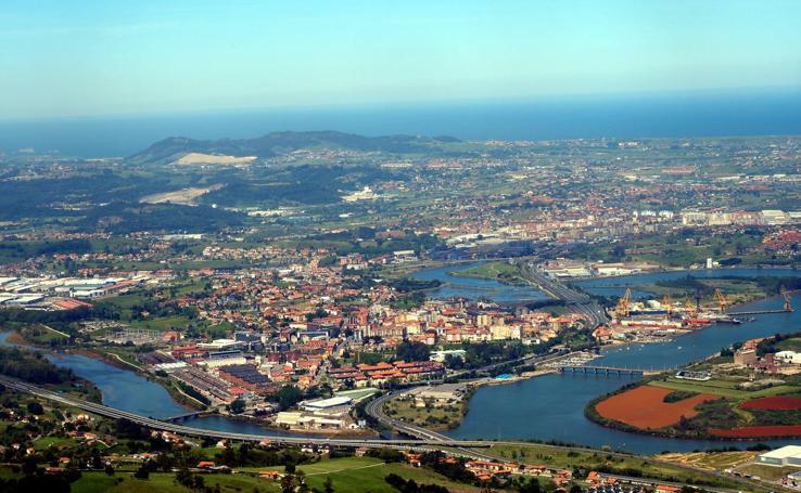 La bahía de Santander vista desde Peña Cabarga