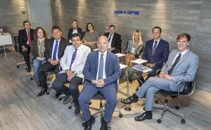Conde presenta un Comité Ejecutivo de CEOE marcado por la continuidad