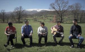 La flor y los romeros presenta su primer disco, 'Abre ventanas'
