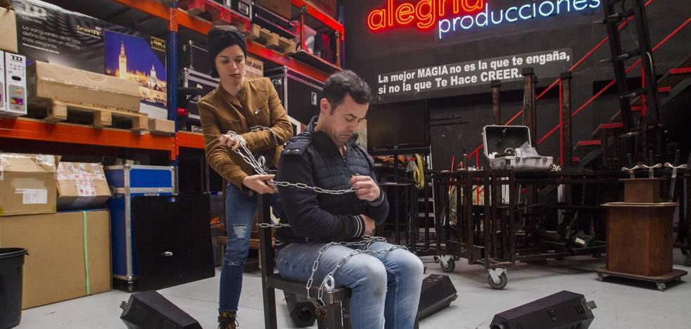 Raúl Alegría se lanza hoy al vacío para inaugurar el Festival de Magia y lo Visual