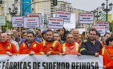 Campurrianos claman en Santander por el futuro de la fábrica de Sidenor