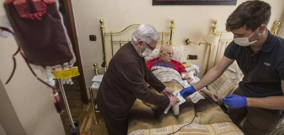 Sanidad crea el Servicio de Hospitalización Domiciliaria en la Gerencia de Valdecilla