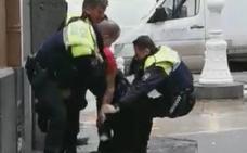 Cinco policías heridos en una multitudinaria trifulca en Castro Urdiales