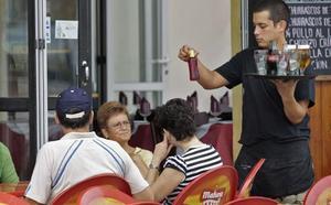 La próxima campaña de verano creará en Cantabria casi 10.000 empleos