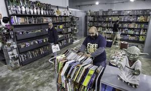 Santander lanza 10.000 Bonos Cultura con mejoras para usuarios y comercios