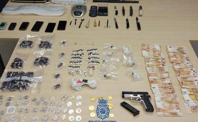 Detienen en Santander a dos hermanos que vendían cocaína y hachís, creando alarma entre los vecinos