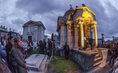'La ciudad de los muertos' se abre a la música, la palabra y la danza