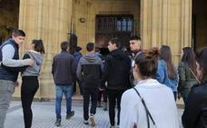 El hermano del joven cántabro muerto de una paliza en San Sebastián dice que le atacaron seis personas