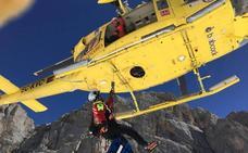 Rescatada una senderista con fractura de tibia y peroné en Picos de Europa