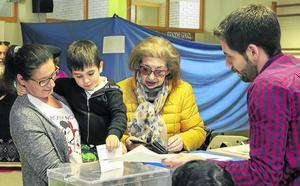 El Partido Popular se impone en San Vicente y el PSOE gana un concejal