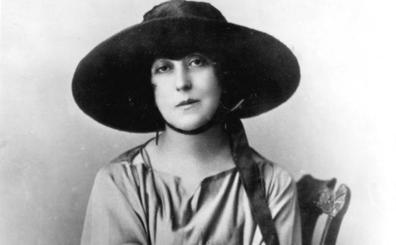 «Yo soy una mujer: nací poeta»