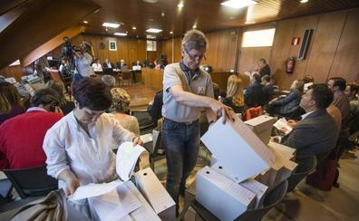 La subsanación de errores provoca cambios en varios ayuntamientos cántabros