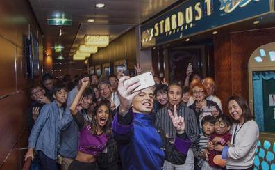 El ilusionista cántabro Daniel Ka regresa de Japón donde actuó para 4.000 personas
