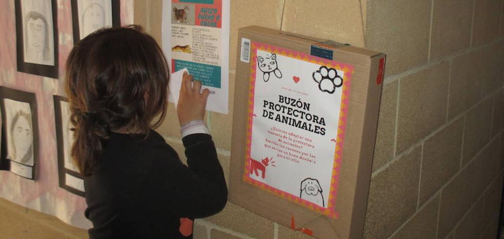 Los escolares de Ajo se vuelcan con los derechos de las mascotas