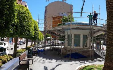 La característica cubierta de la parada de bus de San Martín será sustituida
