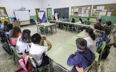STEC y ANPE denuncian que «algunos» centros concertados incumplen el horario lectivo