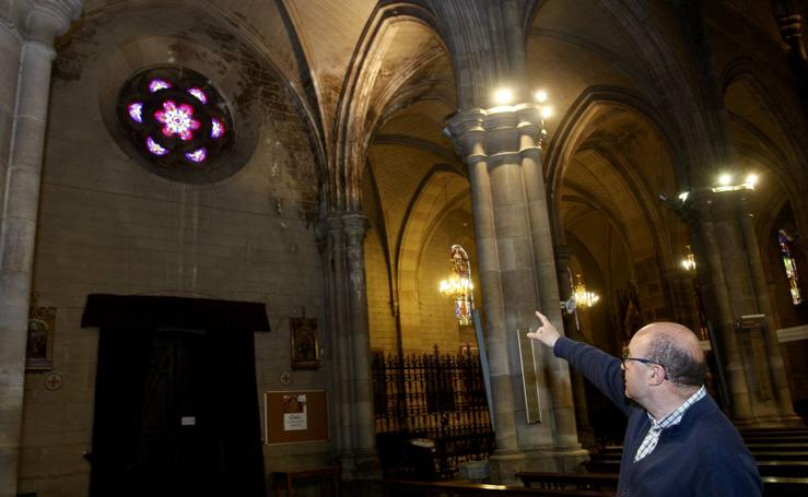 Mal estado en el que se encuentra la iglesia de Nuestra Señora de la Asunción de Torrelavega