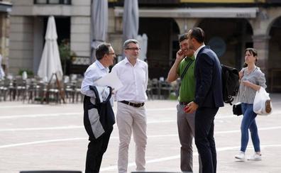 López Estrada quiere seguir negociando con el PSOE pero «con nuestra oferta»